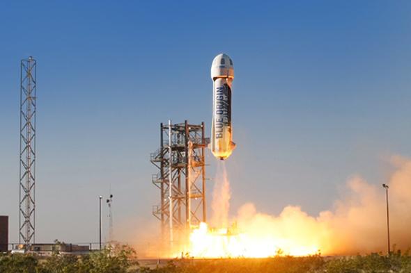 Blue Origin's New Shepard craft launches from Texas. (Image credit: Blue Origin).