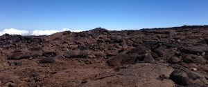 The soil of Mauna Loa is very similar to that found on Mars. (Image: Jon Roig).